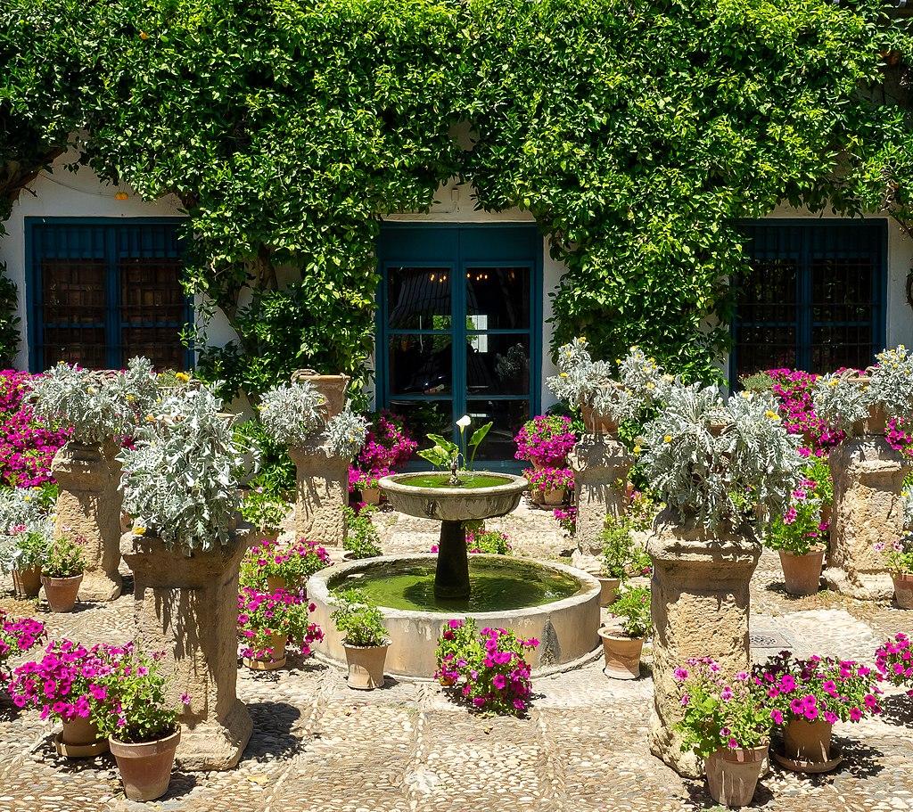 patio de las rejas palacio de viana guias de cordoba